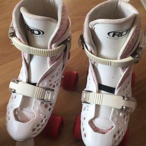 Shoes - Roller Derby Roller Skates